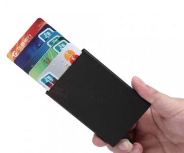 kreditkartencase